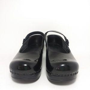 Dansko Black Patent Leather Mary Jane Loafers Sz7